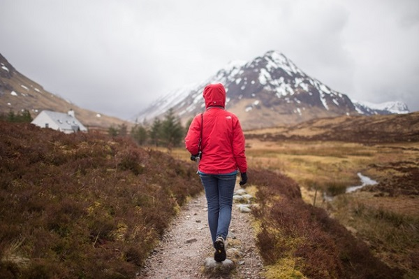 Great Hiking Outfits for Women to Wear on Any Hiking Trail